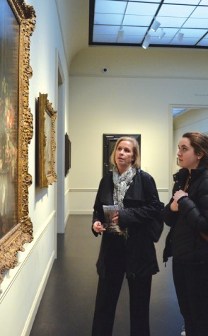 Art students tour Los Angeles-area art museums
