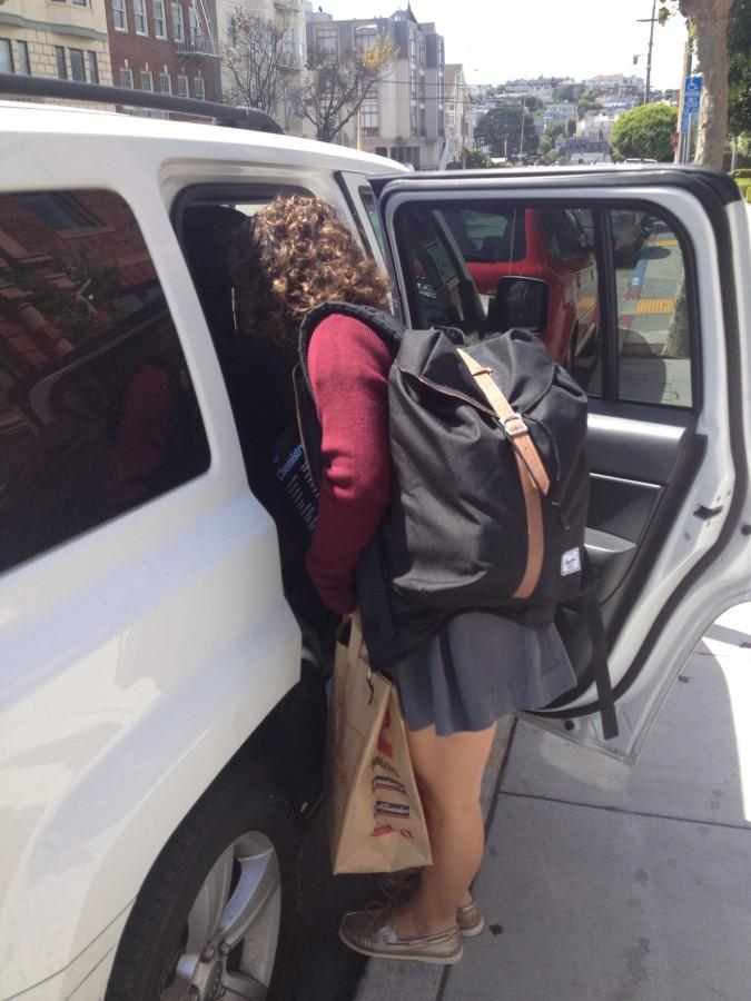 Sophomore+Madison+O%27Neill+brings+donated+goods+to+drive+to+Calistoga+and+St.+Helena+to+help+those+evacuated+from+fire.