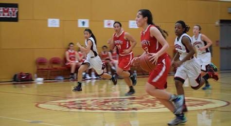 Varsity basketball wins preseason tournament