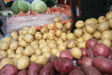 Pre-packaged organic food offers quick meals