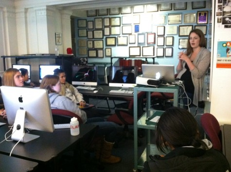 Former Broadview editor-in-chief Libby Brittain ('07) speaks to current journalism students about her work at Branch.com