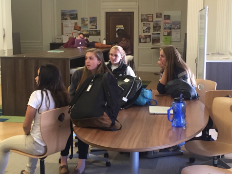 Sophomore Clara Vilar participates in a Responses to Oppression class on her first day attending classes as part of an exchange program from Barcelona, Spain. Vilar will stay in San Francisco for three weeks before returning to Spain.