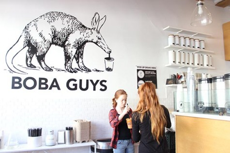 Mostly organic boba tea shop perfects sweetened tea