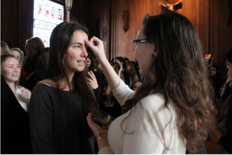 Ash Wednesday chapel addresses sacrifice, otherness