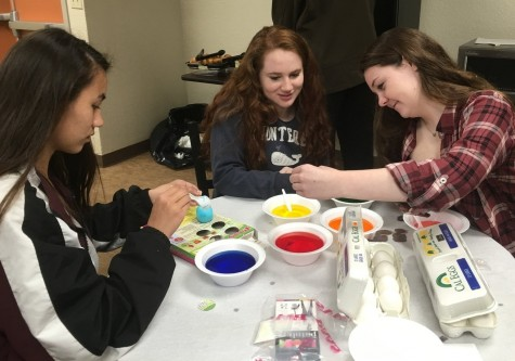 Spring class retreats combine classic and innovative experiences