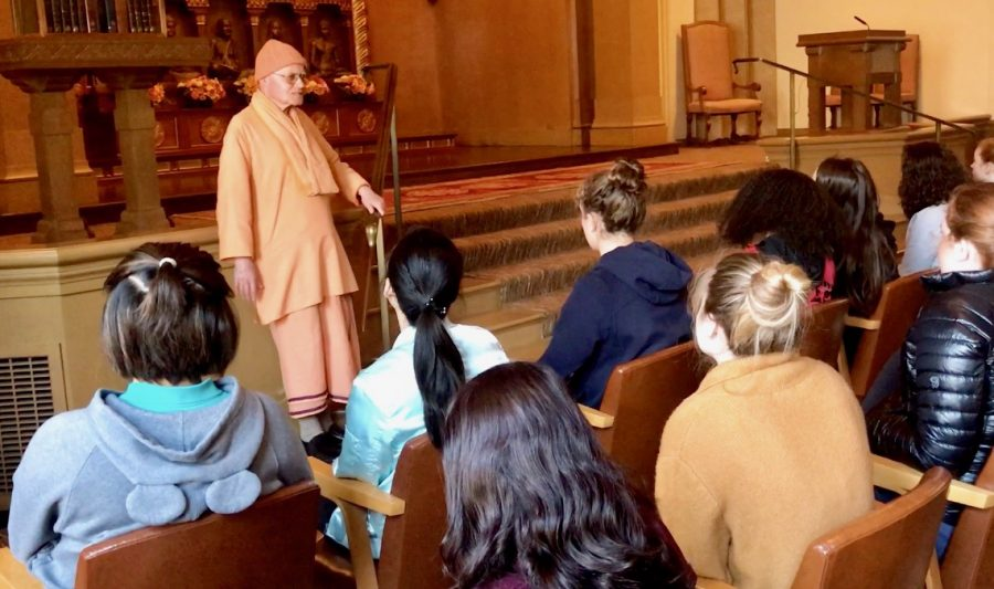 Swami+Vendananda+addresses+sophomore+students+during+their+visit+to+the+Vedanta+Society+as+part+of+the+Hinduism+unit+in+their+World+Religions+Text+and+Tradition+Theology+class.+In+addition+to+this+trip%2C+sophomores+have+read+ancient+Hindu+texts+and+practiced+yoga+during+this+unit.