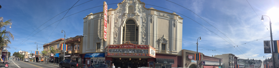 The+Castro+Theatre+offers+a+range+of+cinematic+showings+from+movies+to+musical+sing-alongs.+The+theater+is+located+on+Castro+Street+between+17th+and+18th+streets.