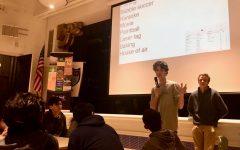 Juniors discuss retreat, social event during class meeting