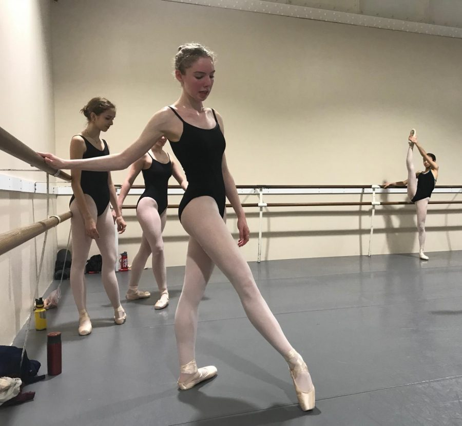 EN+POINTE+Junior+Ari+Levine+practices+her+warm+up+combinations+during+a+class+with+the+Pre-Professional+level+of+City+Ballet.+Levine+has+been+dancing+since+she+was+three+years+old.