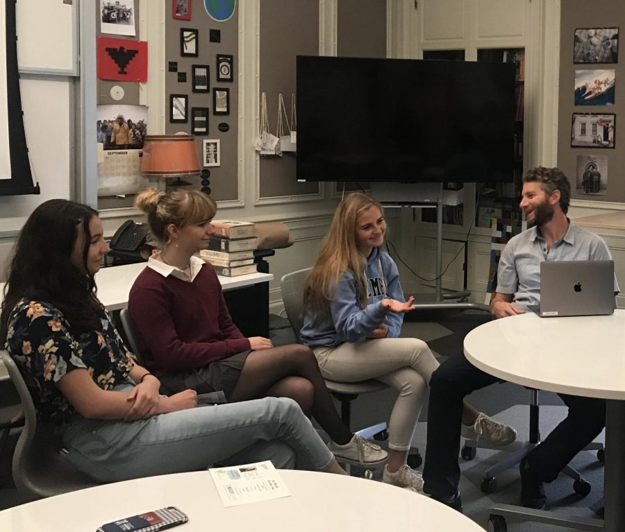 Anthoney+Reyes%E2%80%99+advisory+discusses+Greta+Thunberg+and+her+thoughts+on+environmental+issues.+The+discussion+continued+from+last+week%27s+meeting+where+students+watched+videos+about+climate+change.+
