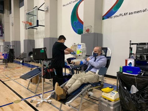 Pine & Octavia campus hosts blood drive