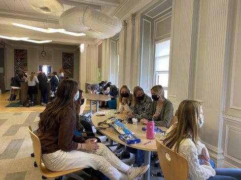 The Peer Health club meets in the gallery during the community block. This is the second year that the club has been in session.